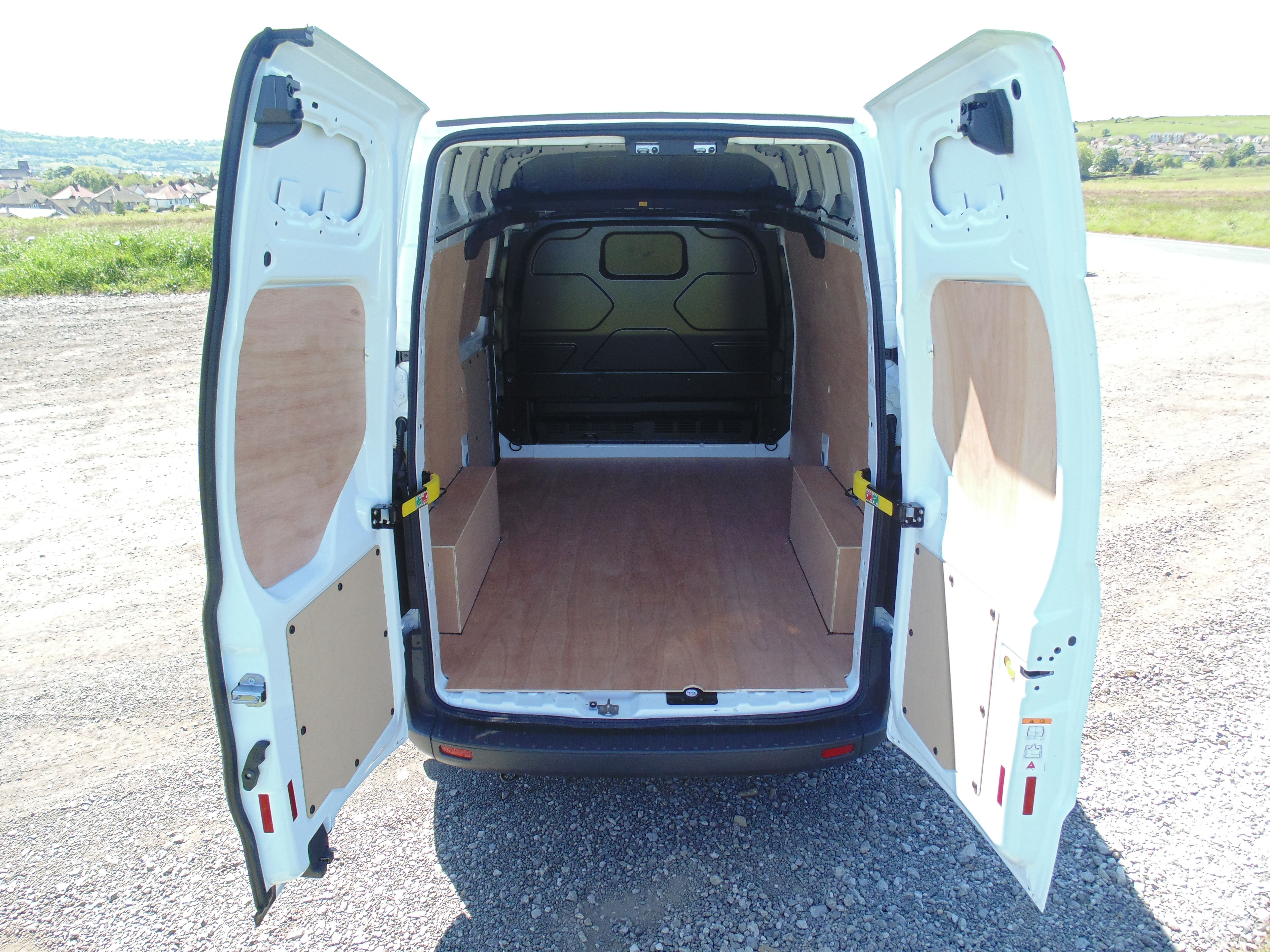 Ford Transit Custom SWB/Medium roof