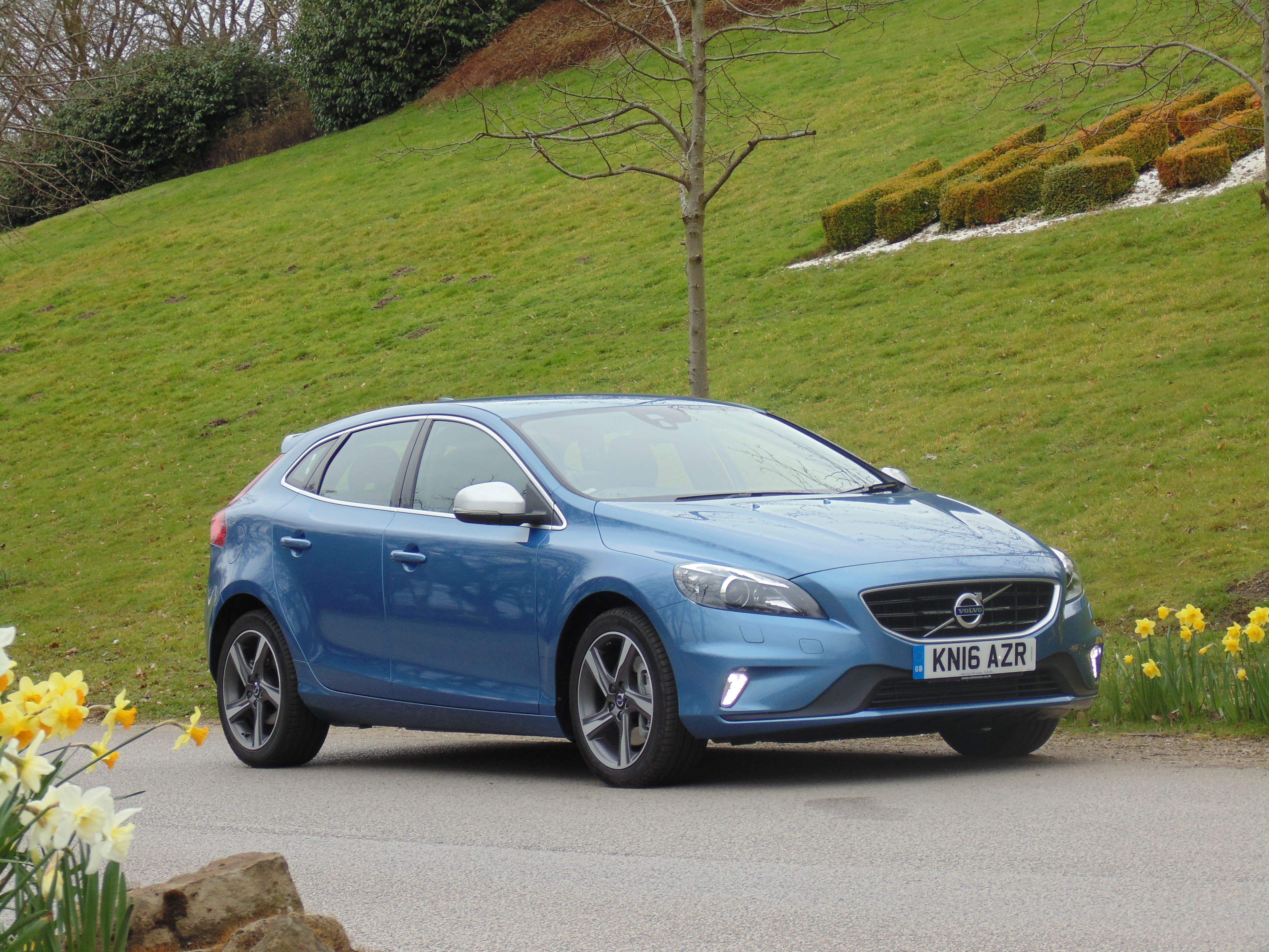 Volvo V40 R-Design - Automatic